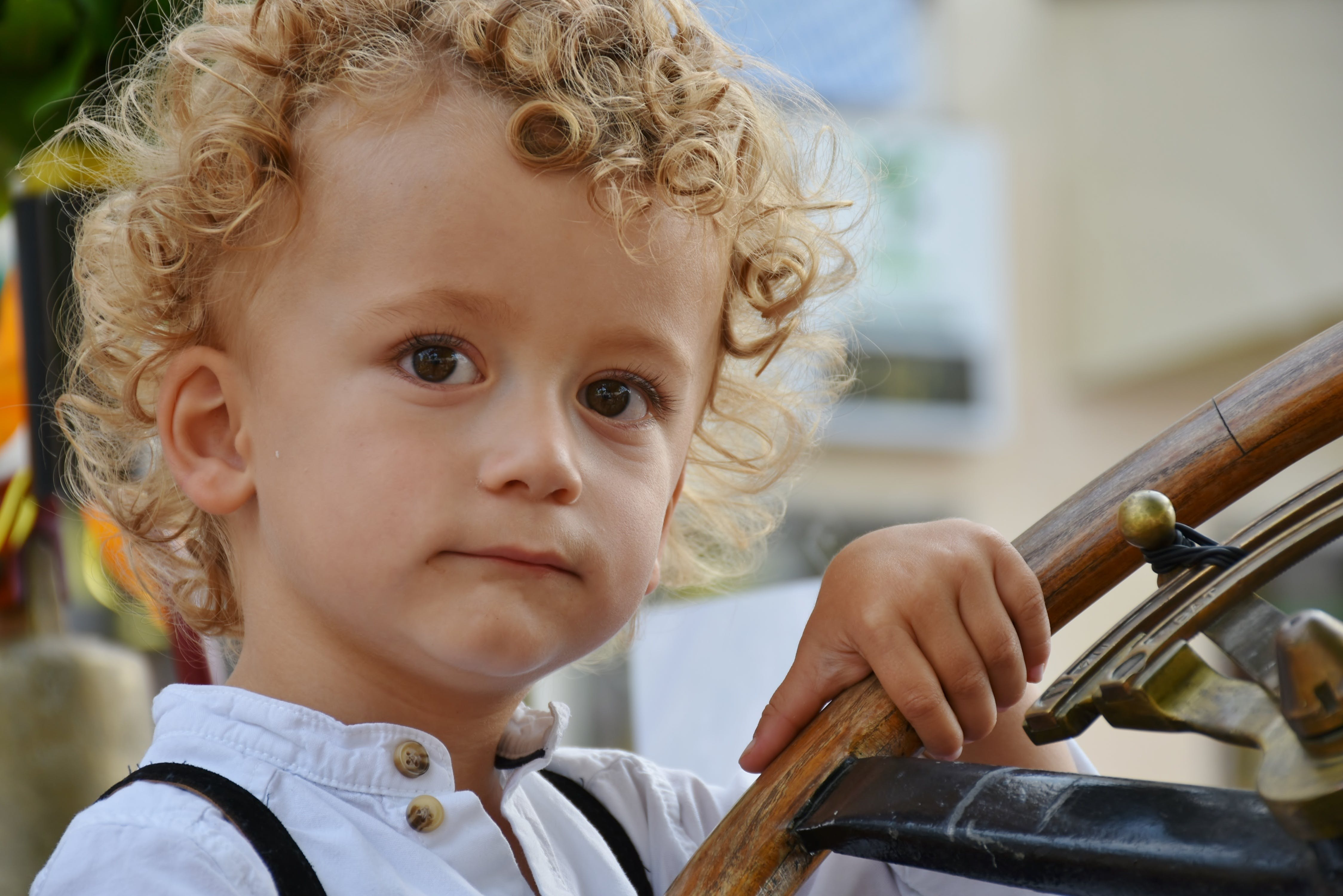 Free stock photo of blond, boy, child, curiosity