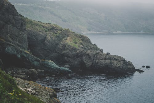 Foto stok gratis air, alam, berkabut, gunung
