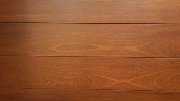 White wooden plank free stock photo - Limpieza de madera barnizada ...