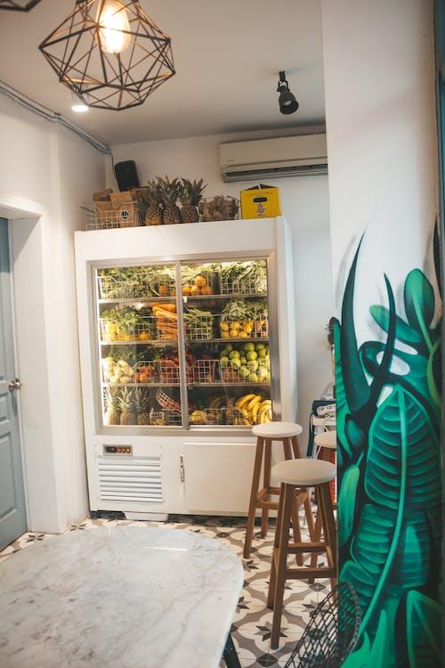 Základová fotografie zdarma na téma apartmán, architektura, chladnička
