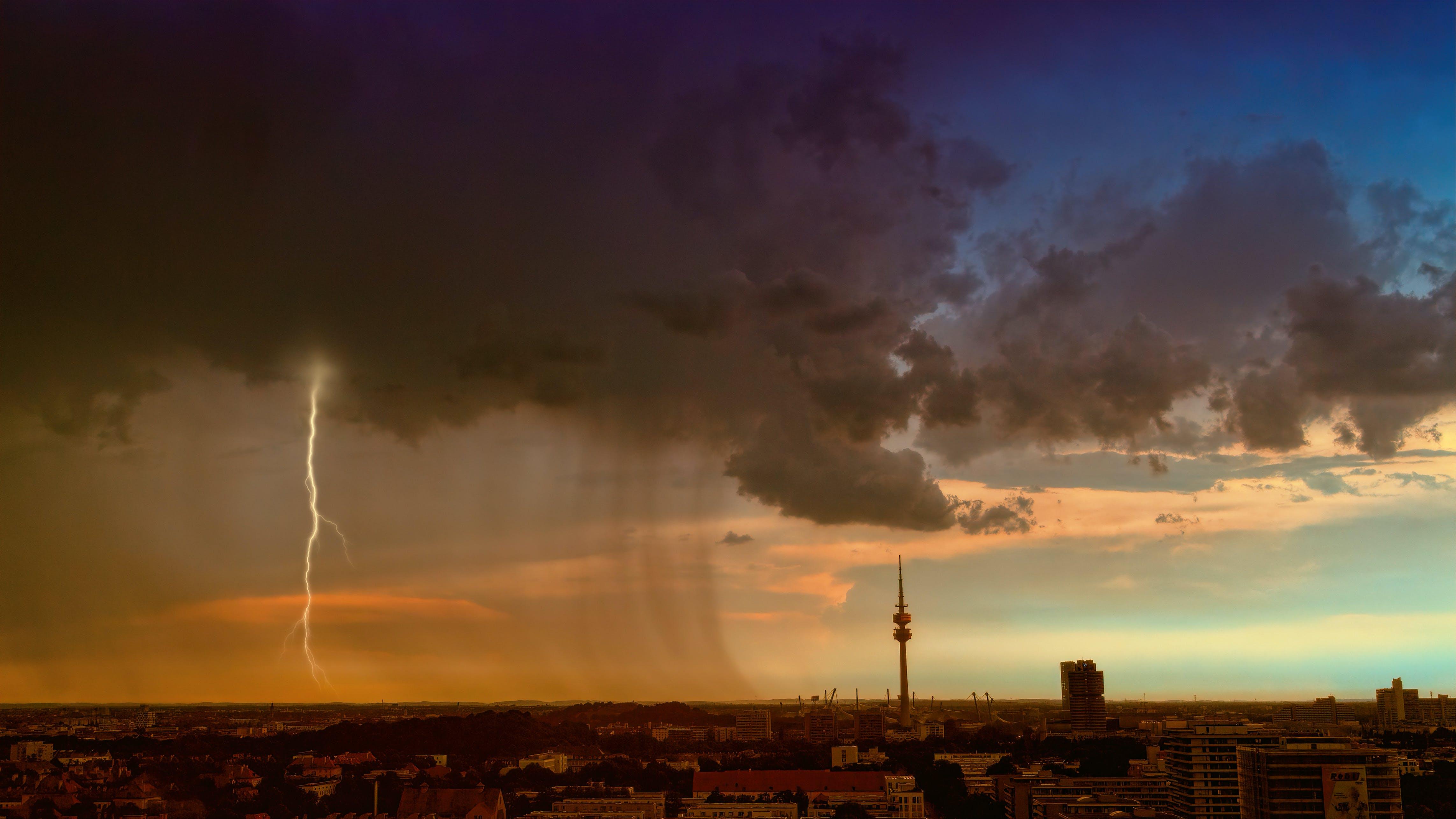 Gratis lagerfoto af aften, by, forurening, fugleperspektiv