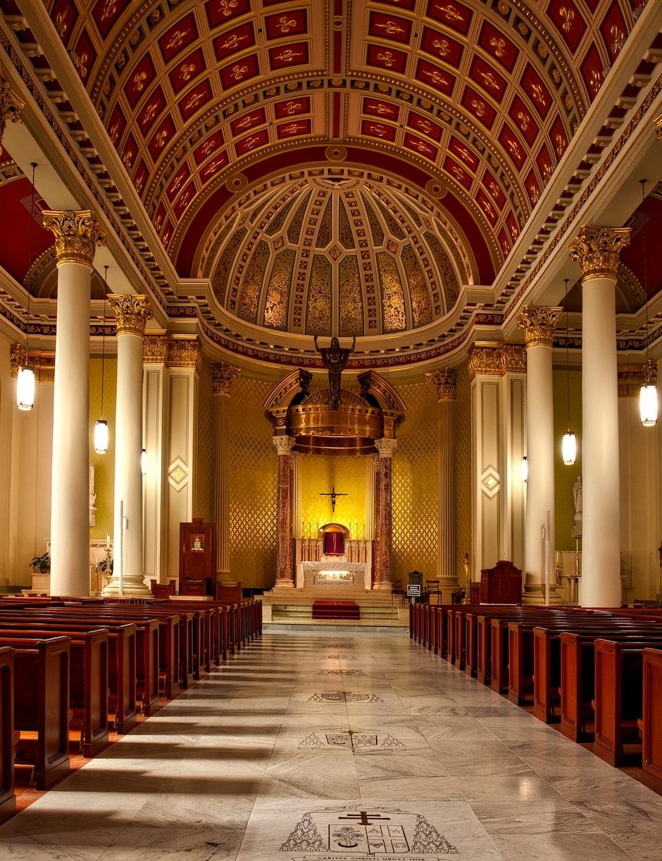 aisle, altar, arch