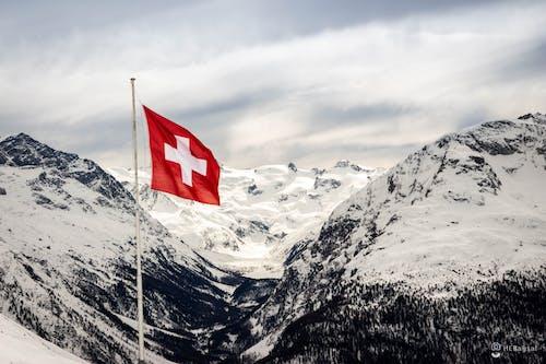 Foto d'estoc gratuïta de #naturalesa, alps, Alps suïssos, cel ennuvolat