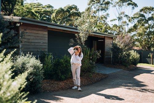 Kostnadsfri bild av anläggning, dagsljus, flicka, fotograf