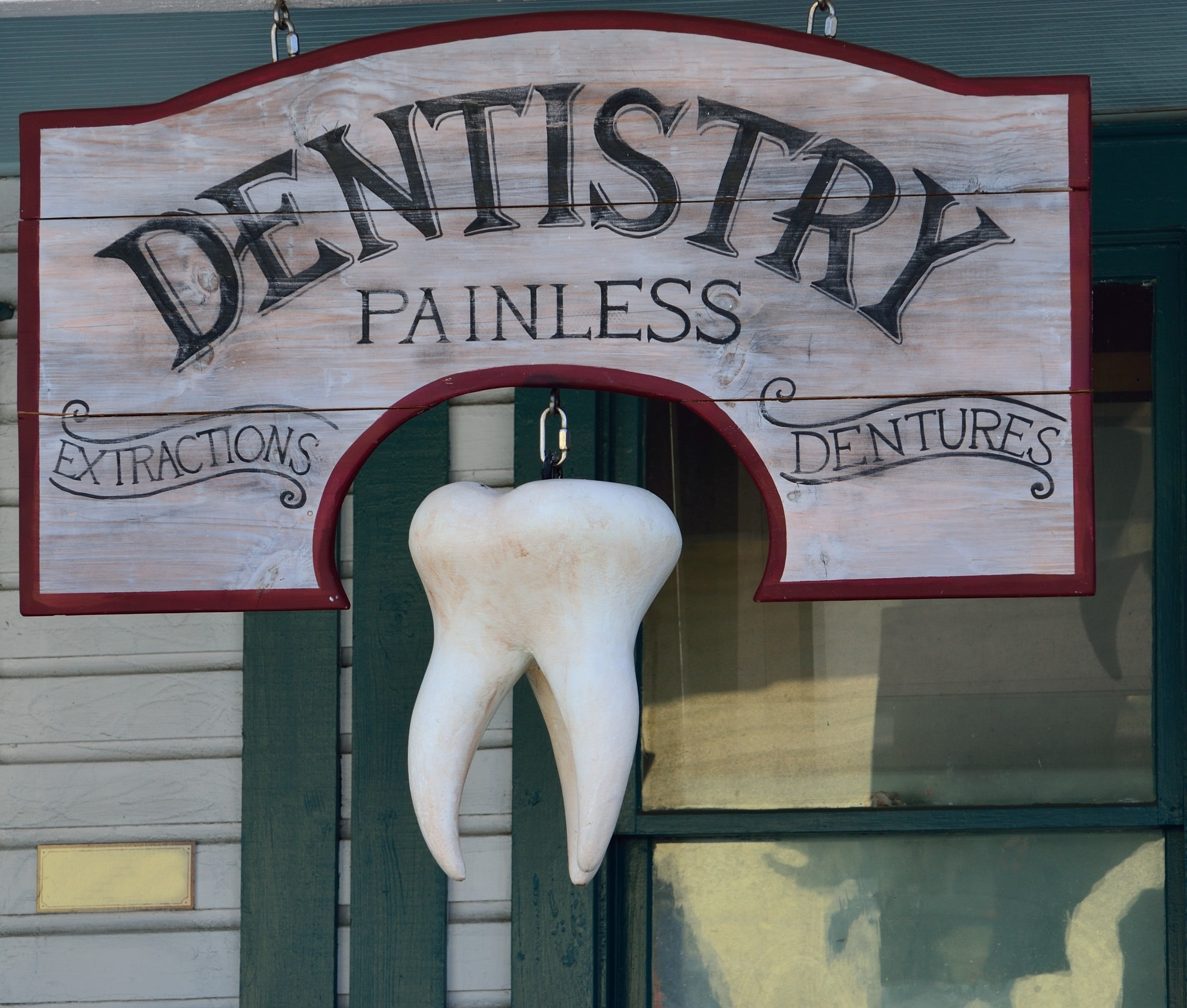 Dentistry Painless Signage