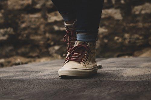 Gratis stockfoto met bestelauto's, kanten das, schoeisel, schoen