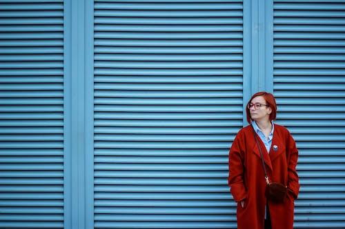 Ilmainen kuvapankkikuva tunnisteilla kaunis nainen, naine, päivänvalo, punapää