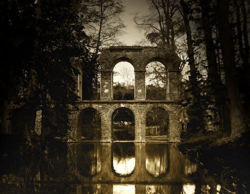 Foto profissional grátis de água, ancião, arcada, arquitetura