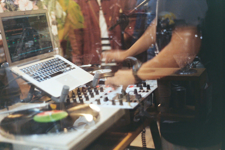 audio-mixer, aufführung, aufnahme