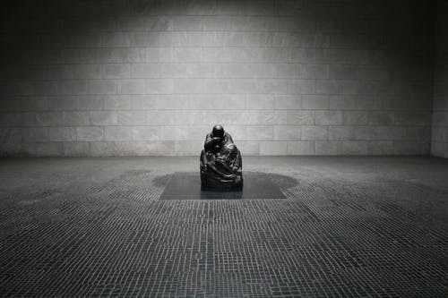 Imagine de stoc gratuită din alb-negru, artă, călugăr, lumină