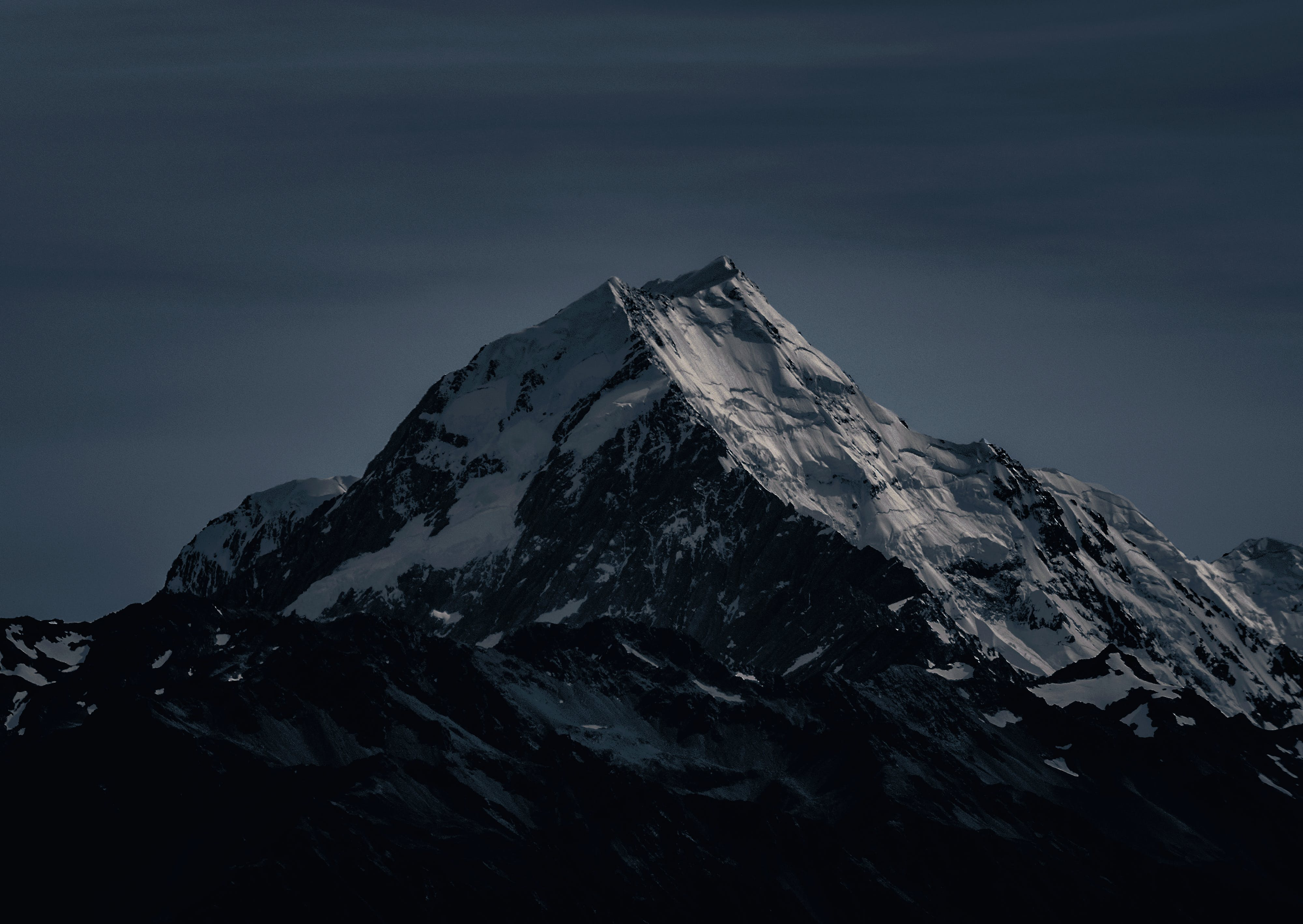 Kostenloses Stock Foto zu abend, abenteuer, berg, dunkel
