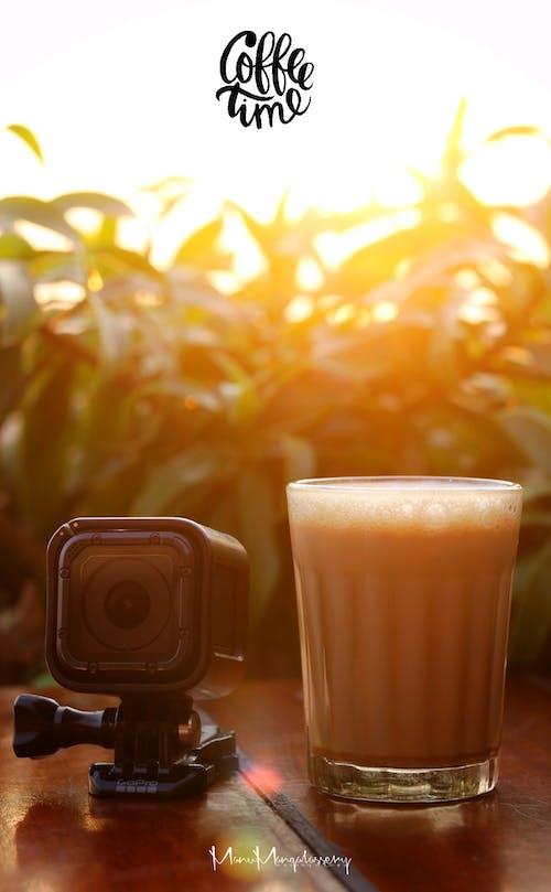 コーヒー, コーヒーカップ, ゴプロ, 日没の無料の写真素材