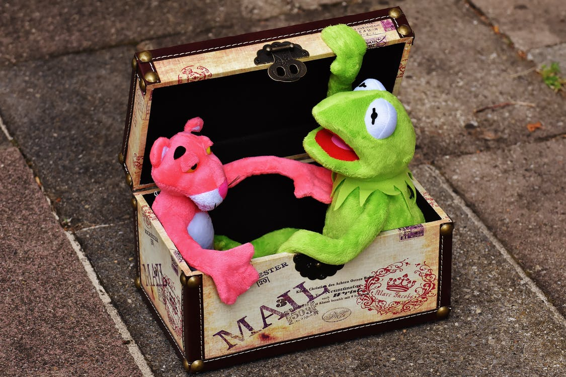 Pink Panther and Kermit the Frog