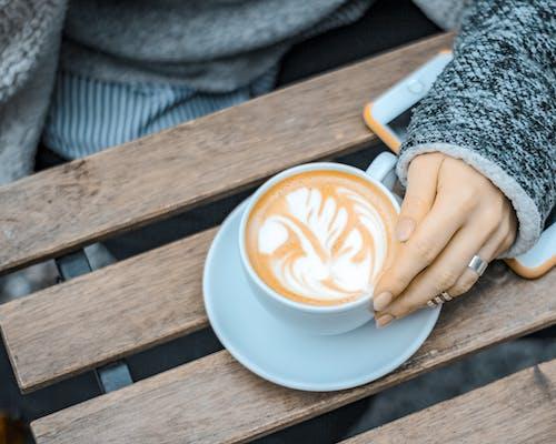 Darmowe zdjęcie z galerii z cappuccino, espresso, kawa, kubek