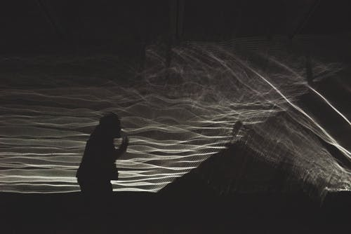 Gratis stockfoto met afgetekend, buiten, donker, iemand
