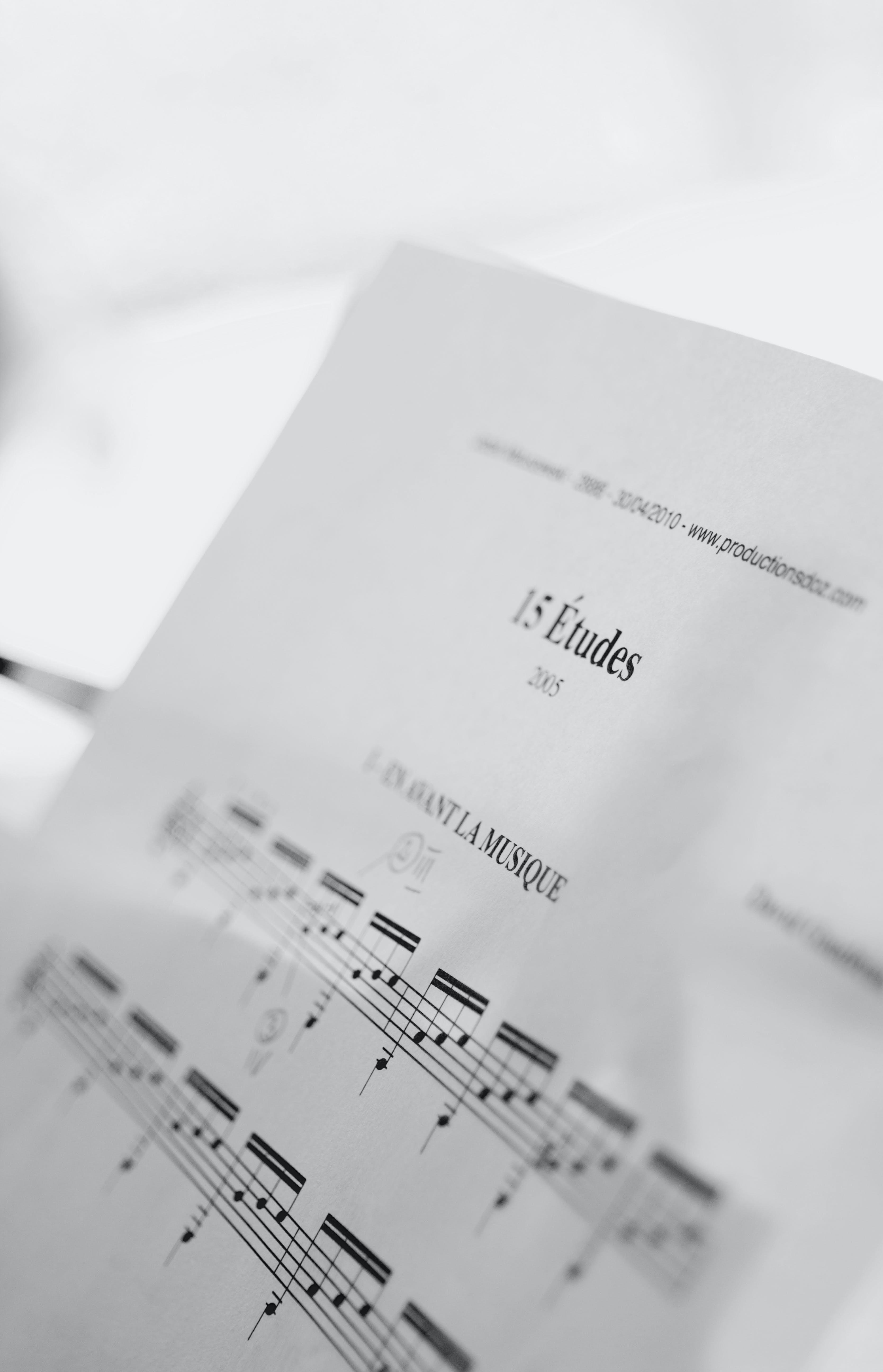 Základová fotografie zdarma na téma hloubka ostrosti, hudba, hudební noty, hudební skladba