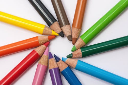 Assorted-color Pencil Formed Circle