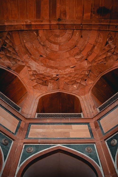 Безкоштовне стокове фото на тему «інтер'єр, ісламська архітектура, Арка, архітектура»