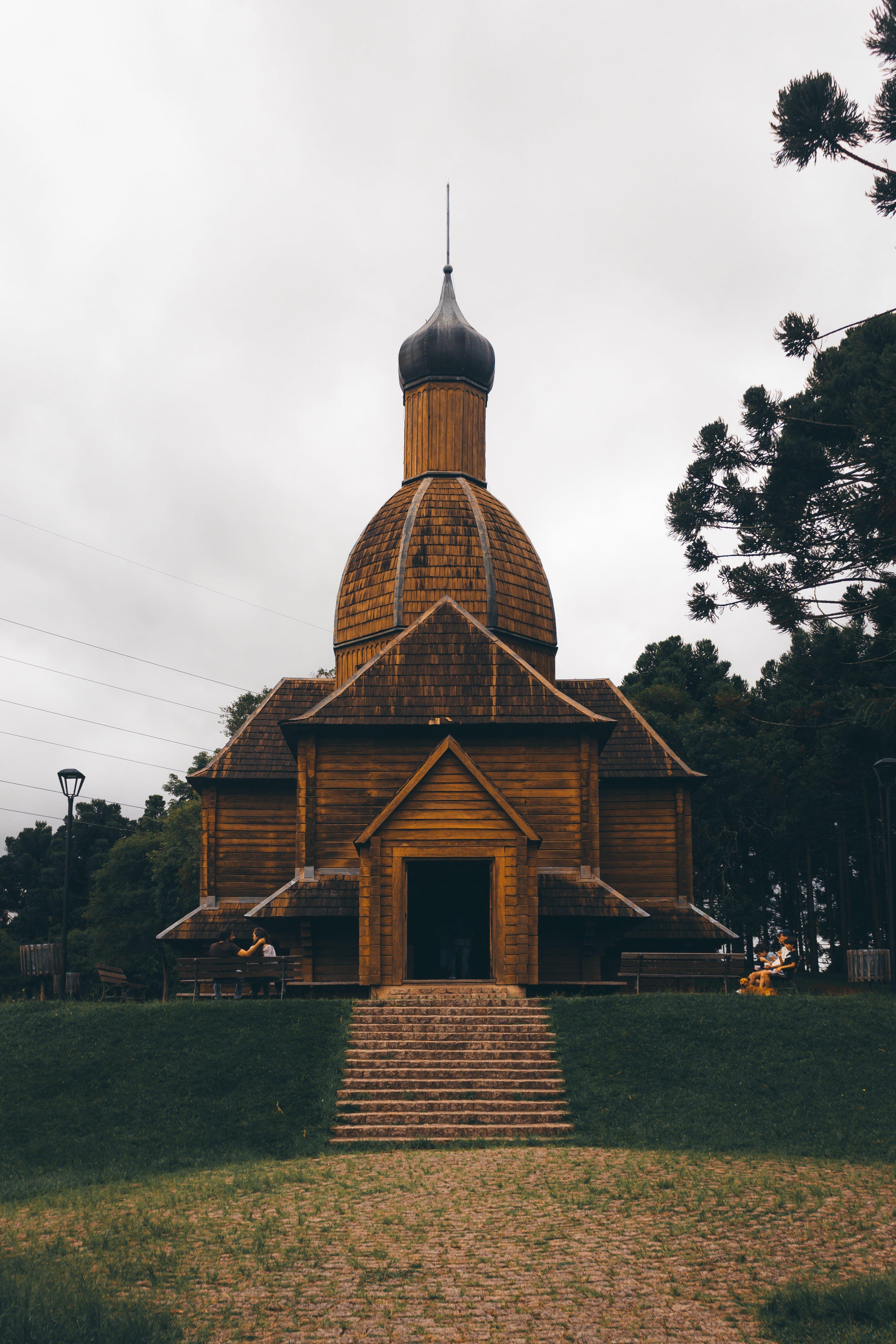 Immagine gratuita di alberi, antico, architettura, chiesa