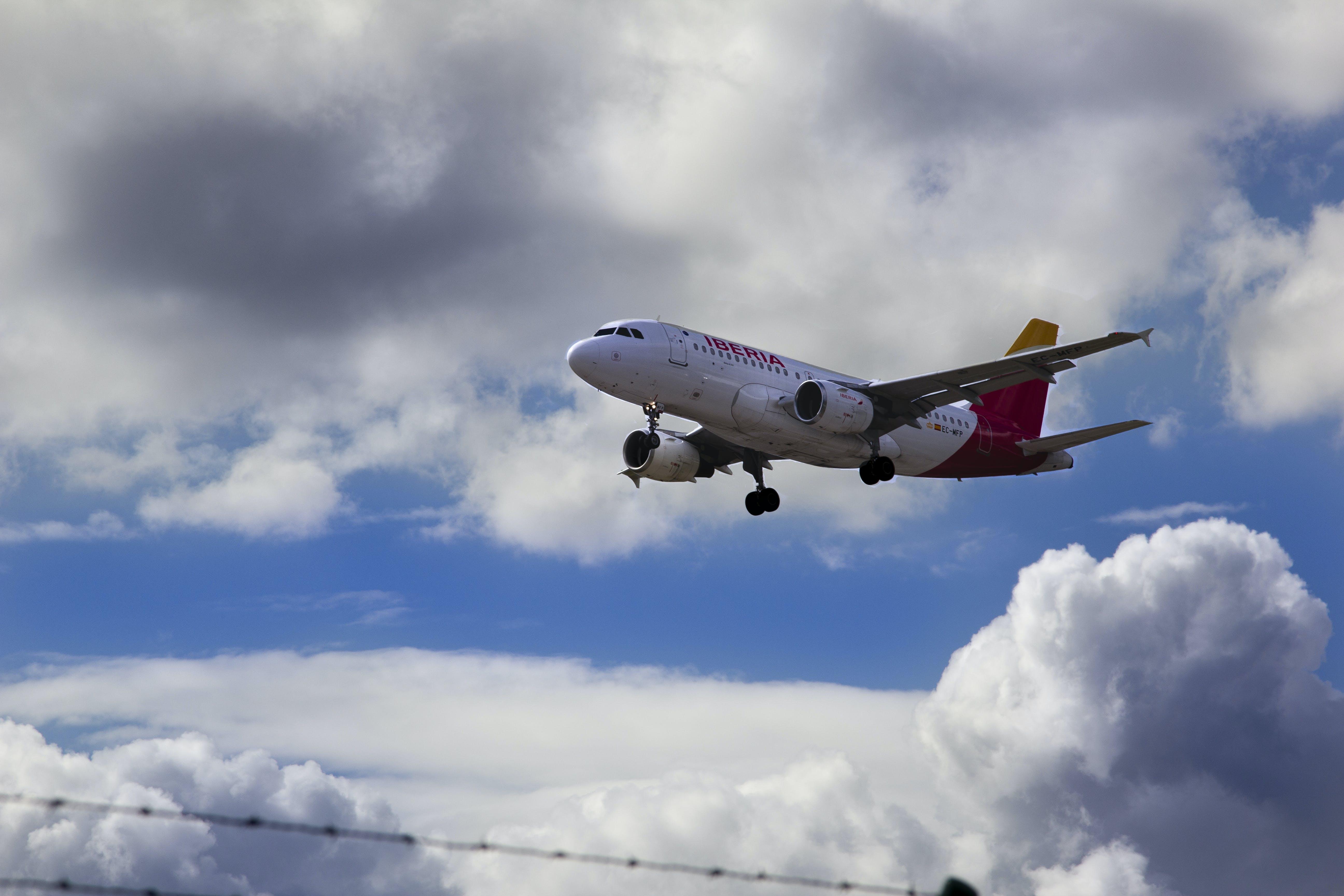Free stock photo of Aeropuerto, avion, viaje, vuelo