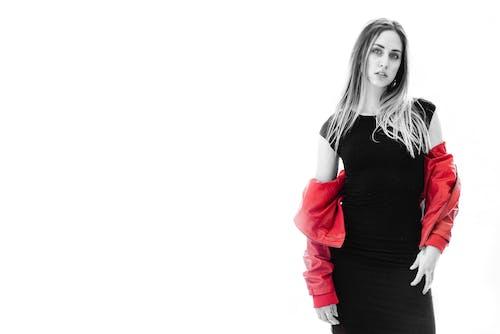 Ingyenes stockfotó álló kép, fehér háttér, modell, női témában