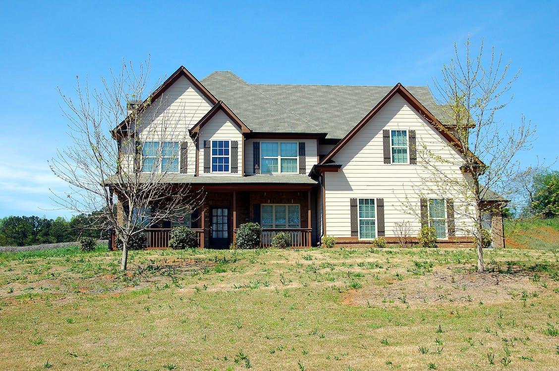 bãi cỏ, bất động sản, các cửa sổ