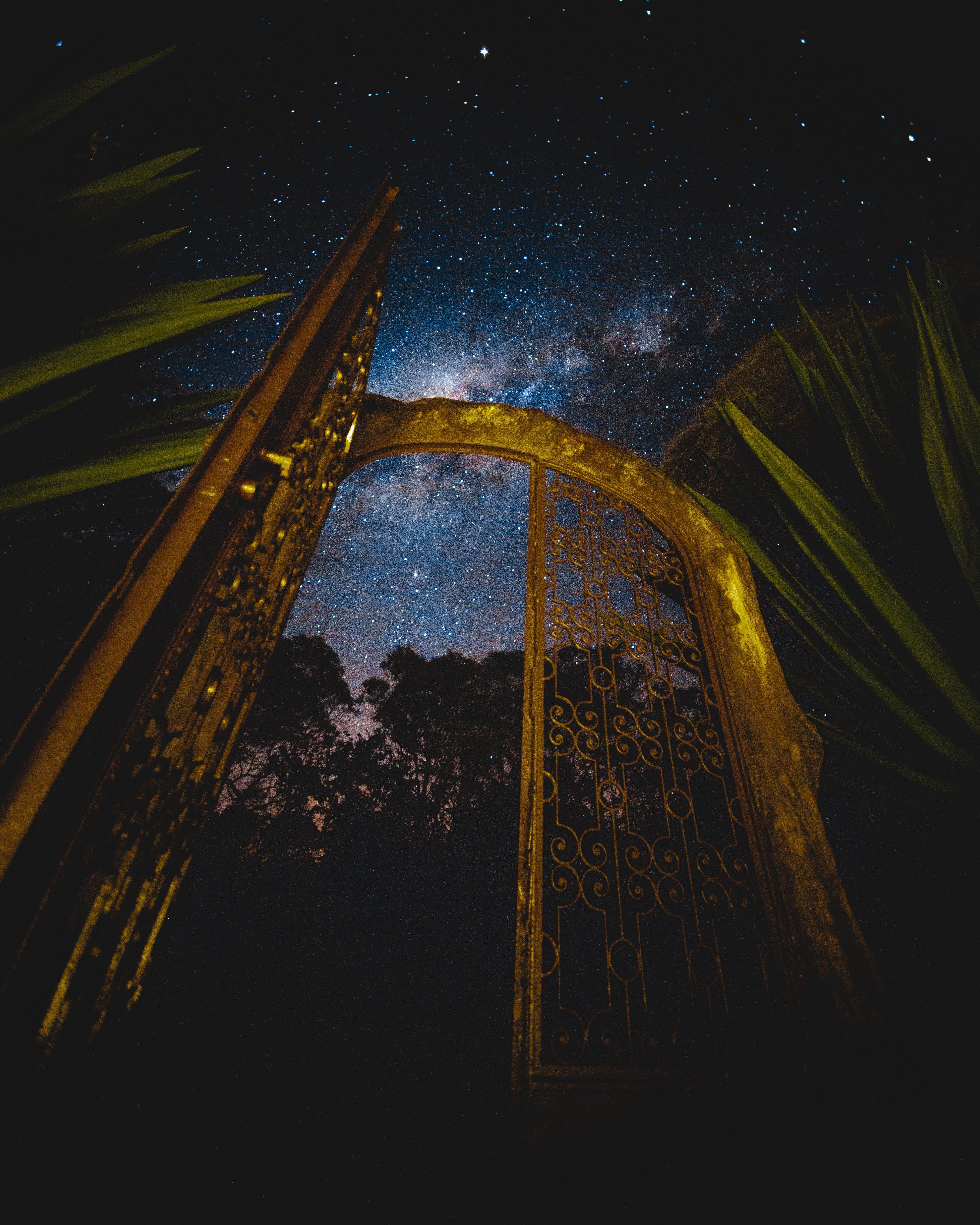 Gratis lagerfoto af aften, astronomi, fotografering fra lav vinkel, galakse