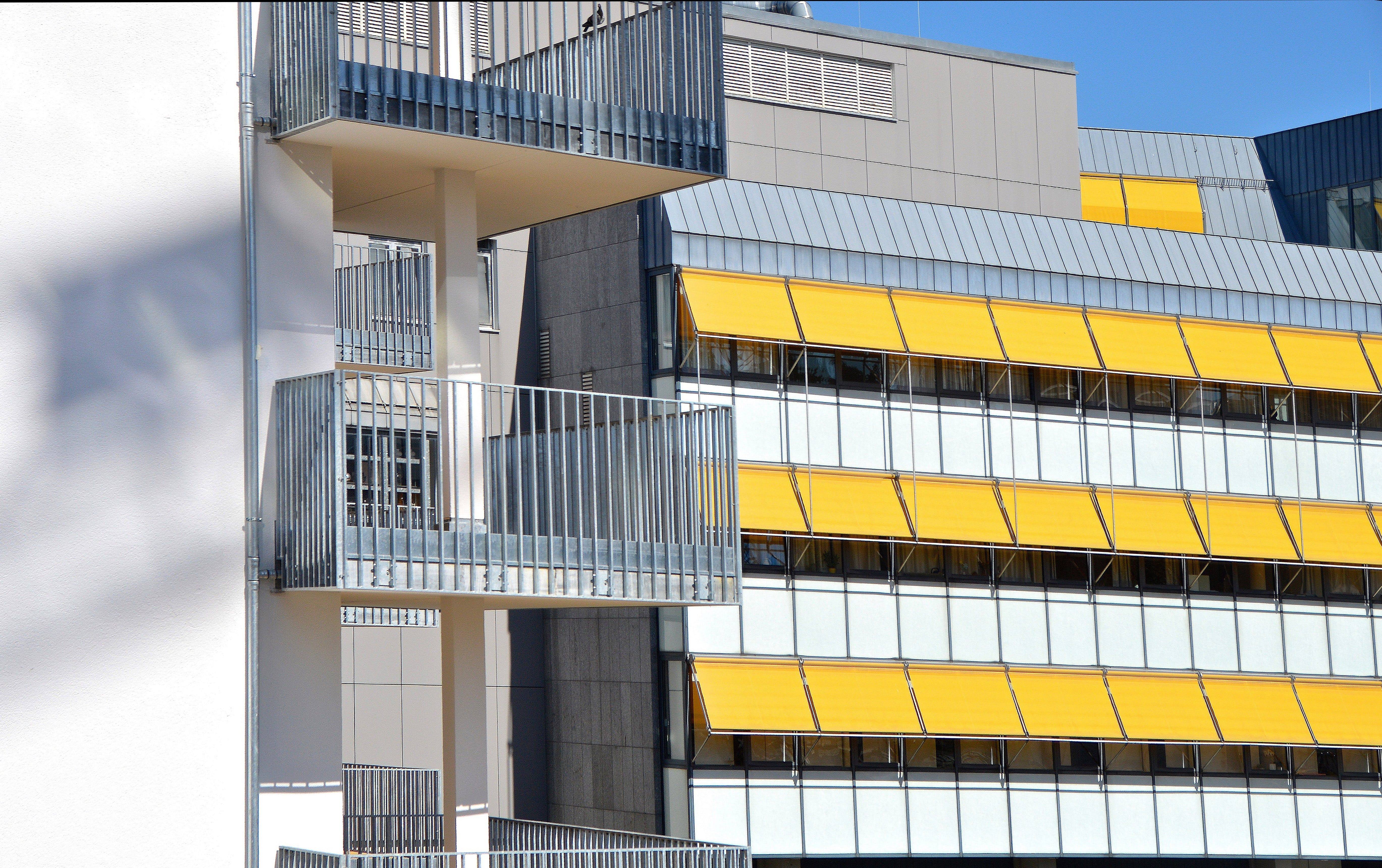 Free stock photo of buildings, yellow, glass, architecture