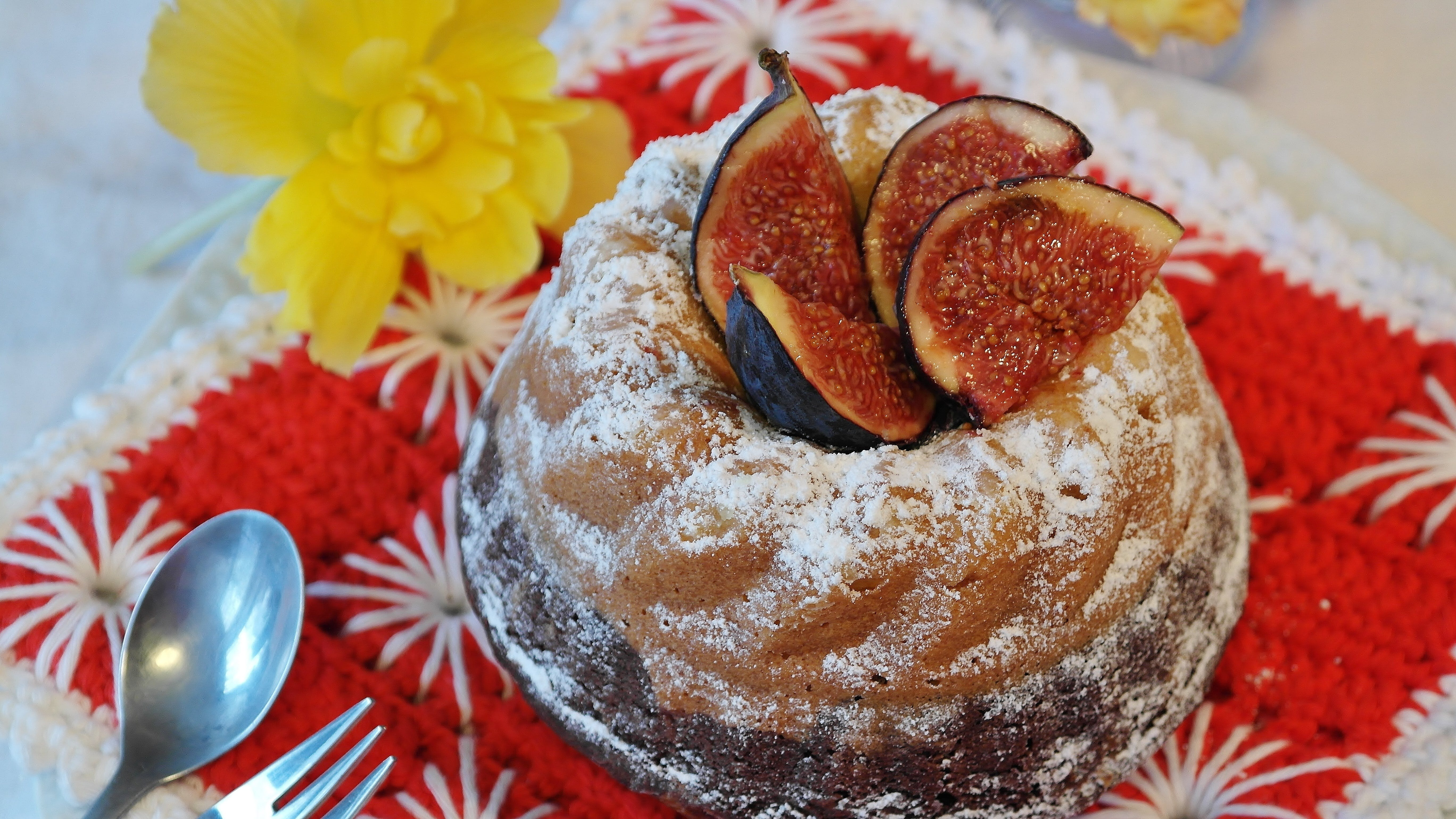 Round Brown Food With Sliced Fruit