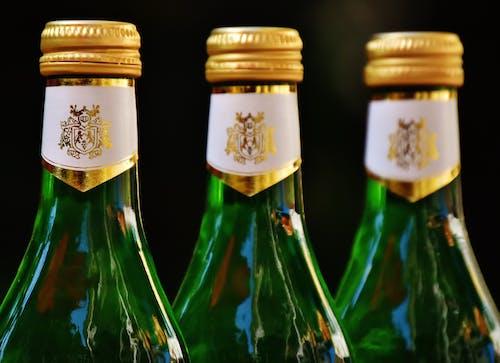 Kostenloses Stock Foto zu alkohol, bier, champagner, drei