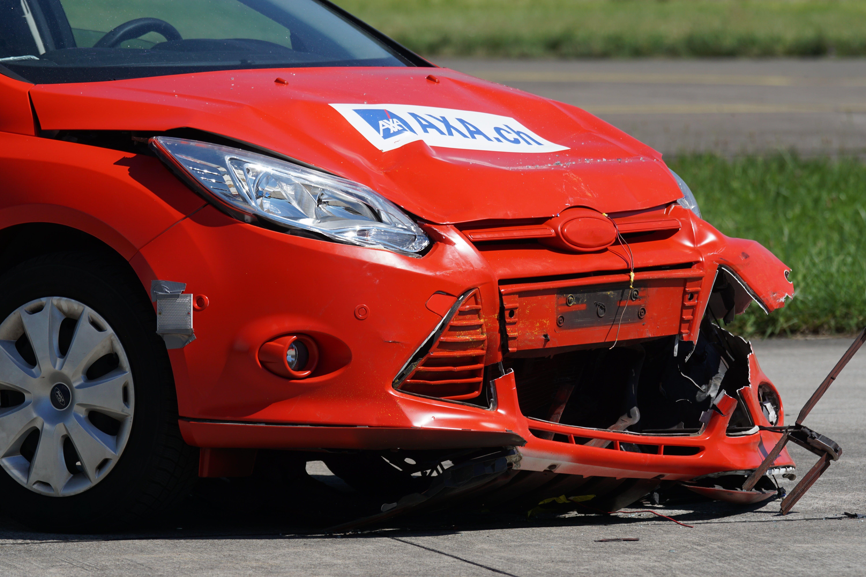 Free stock photo of 60 km h, car insurance, collision, crash test