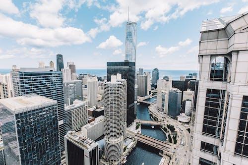 Základová fotografie zdarma na téma budovy, fotka zvysokého úhlu, město, mrakodrap