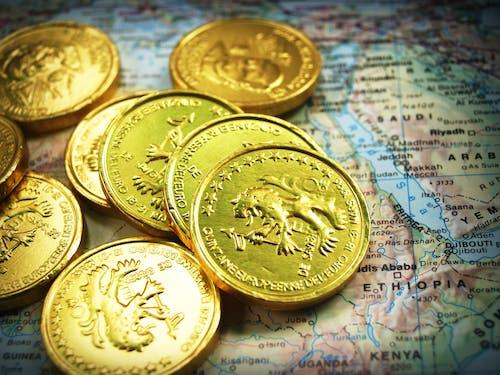 Kostenloses Stock Foto zu geld, gold, karte, münzen