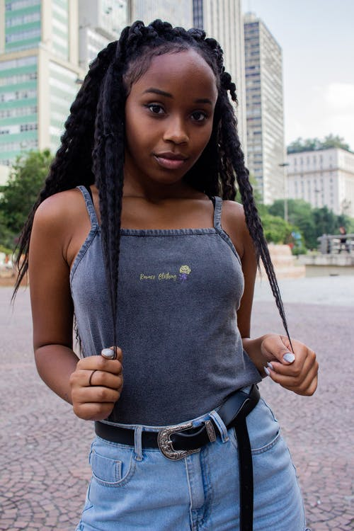 Základová fotografie zdarma na téma afroameričanka, černoška, dreadlock, hezký