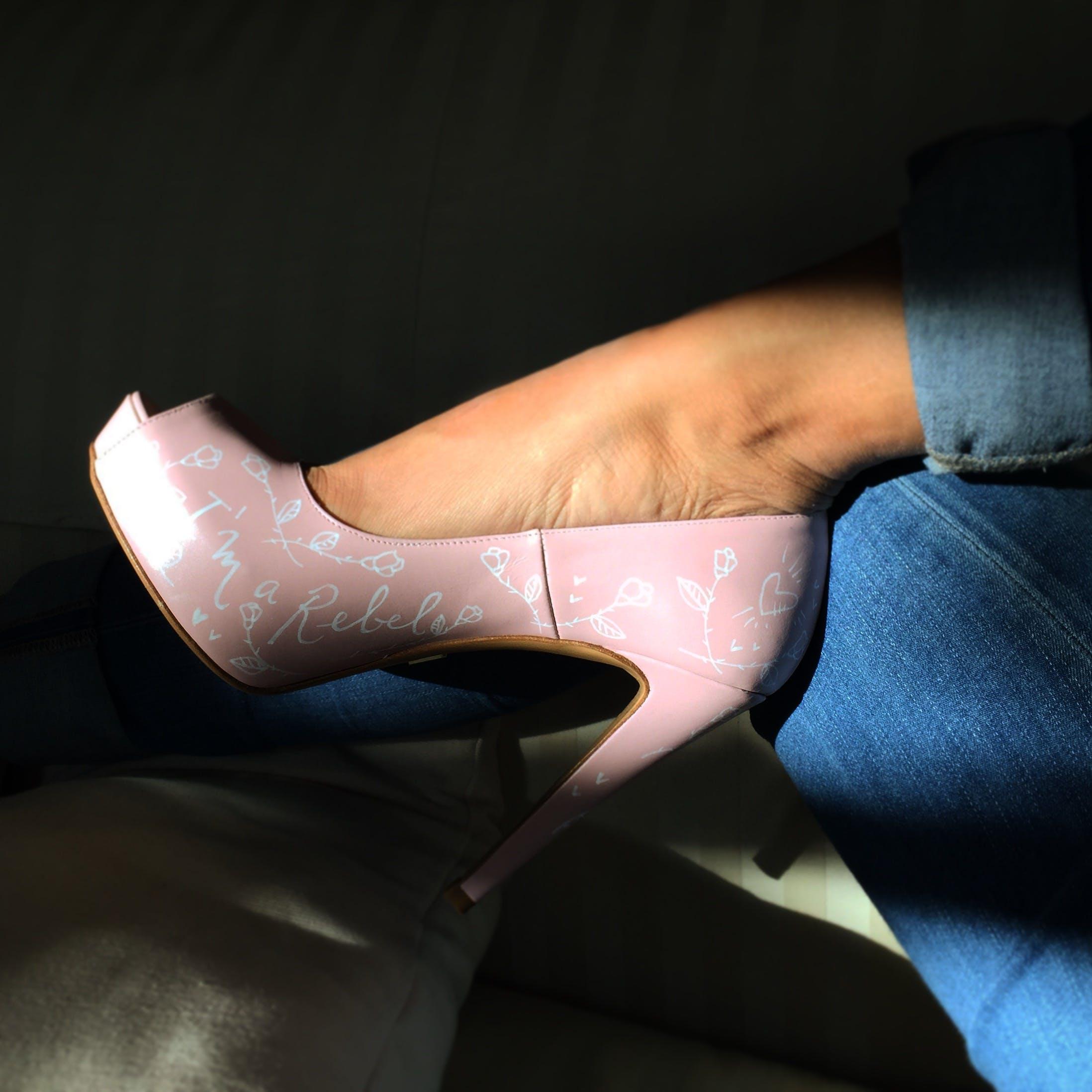 Free stock photo of feet, pink shoes, shoe, women's shoes