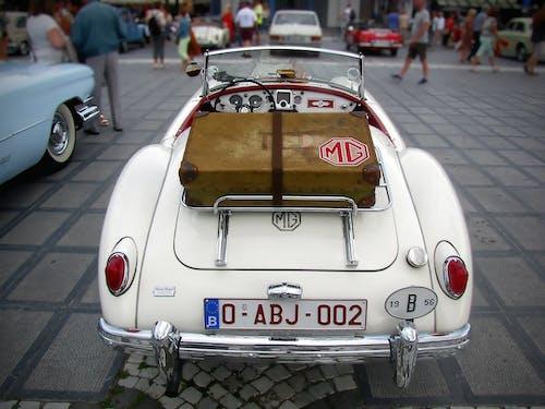 araba, araba fuarı, bagaj, bağbozumu içeren Ücretsiz stok fotoğraf