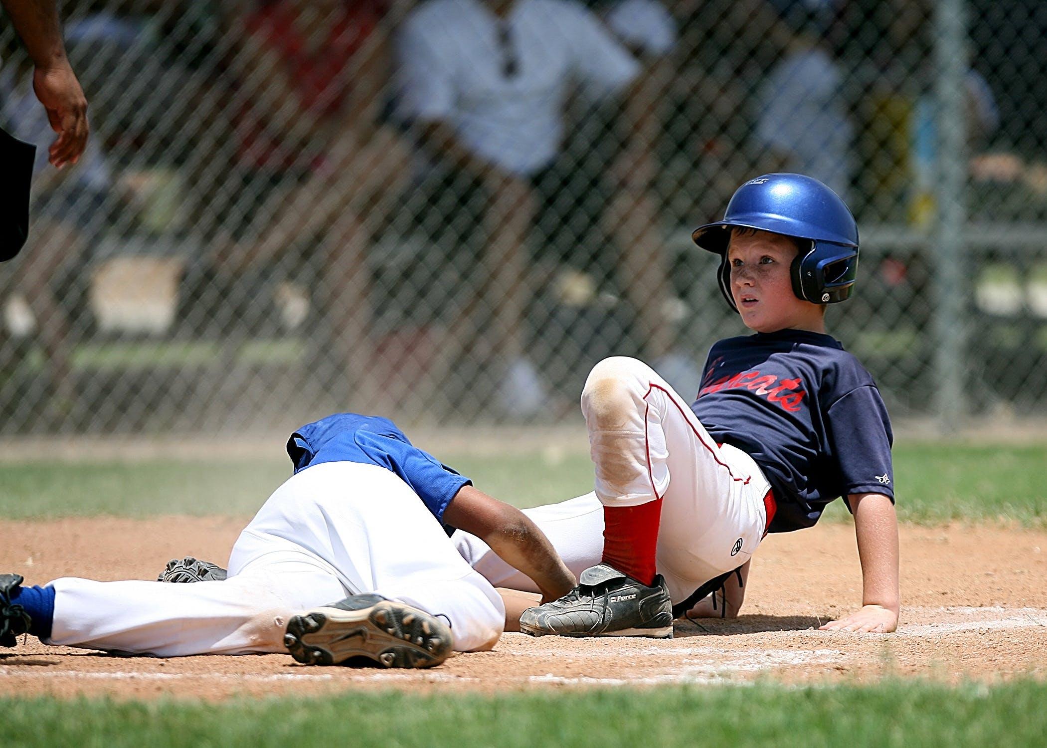 Selective Focus of Two Baseball Players