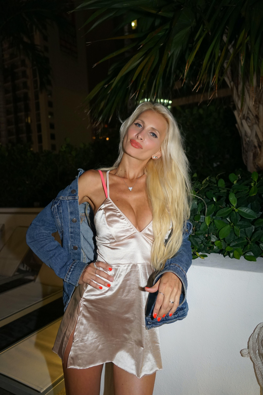 Free stock photo of blonde girl, night life