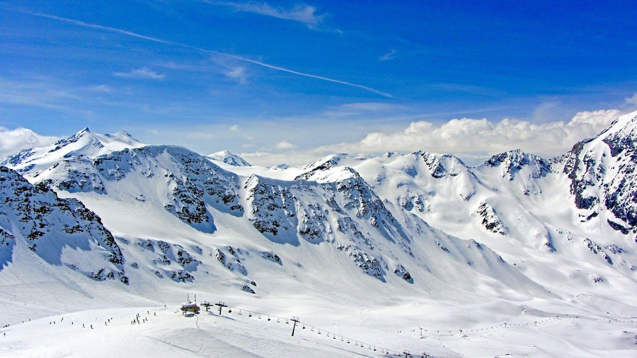下雪的, 似雪, 全景