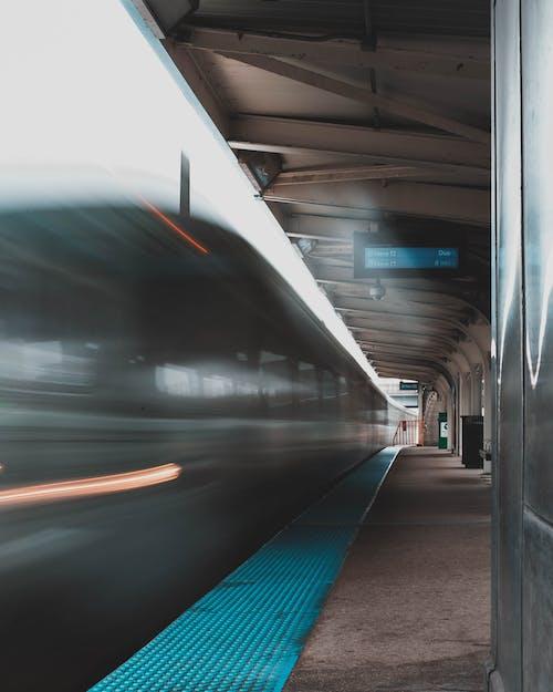 Ilmainen kuvapankkikuva tunnisteilla asema, harjoitella, junanrata, liikennejärjestelmä