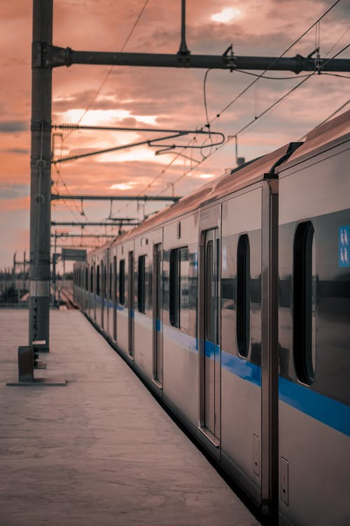 交通系統, 公共交通工具, 平台, 火車 的 免費圖庫相片