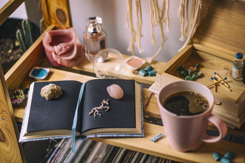 Darmowe zdjęcie z galerii z czarna kawa, drewniany, drewno, filiżanka kawy