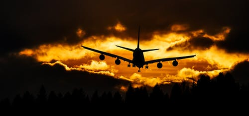 Foto d'estoc gratuïta de aeroport, aire, alba, arbres