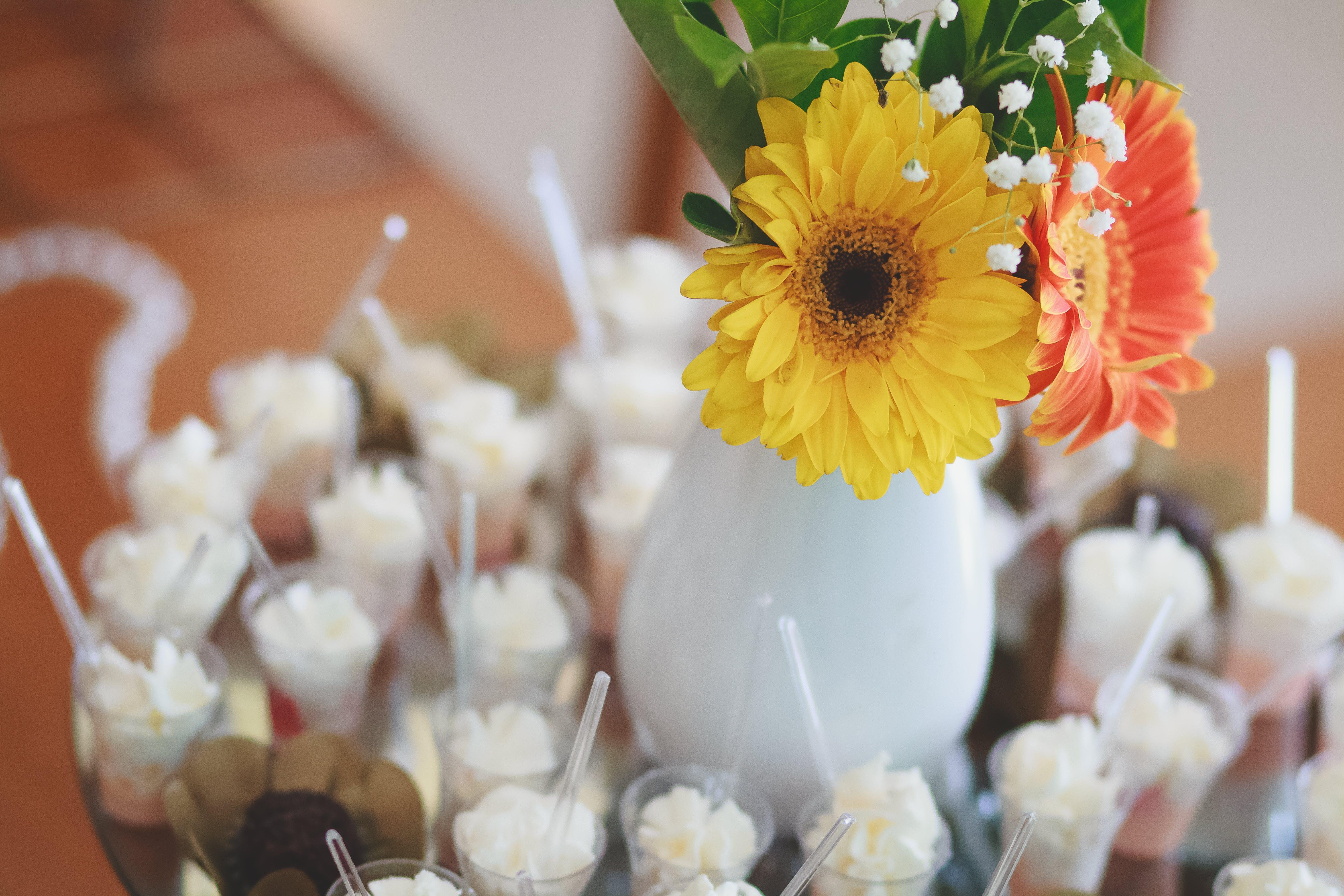 결혼, 꽃꽂이, 사탕, 축하의 무료 스톡 사진