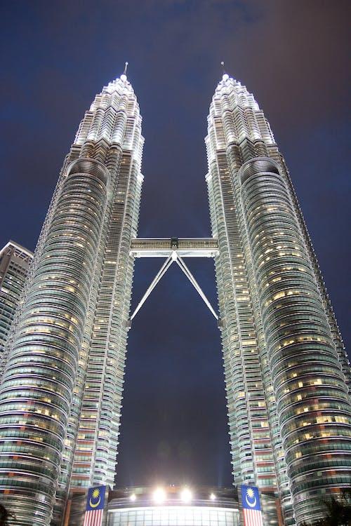 Foto profissional grátis de alto, alvorecer, arquitetura, arranha-céus