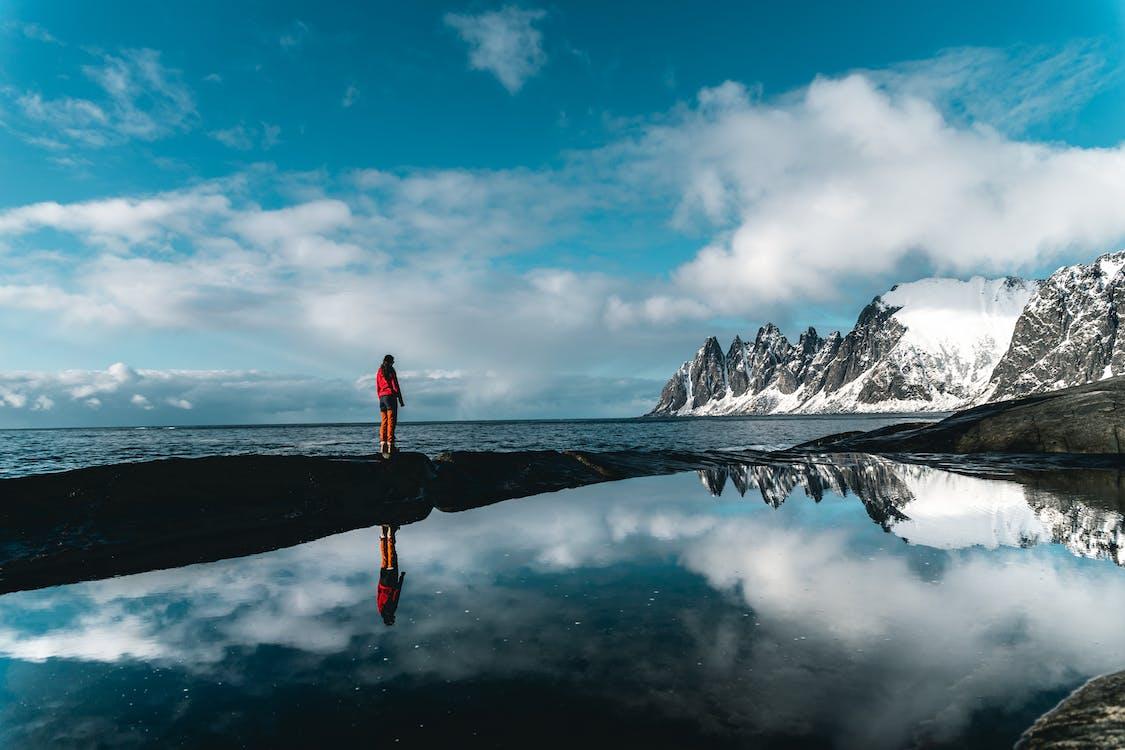 chmury, góra, jezioro