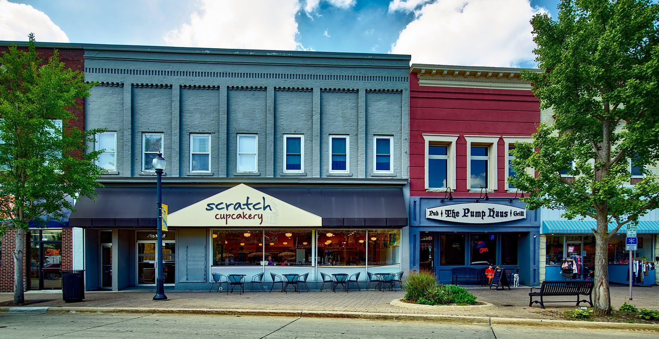 Scratch Cupcakery Store