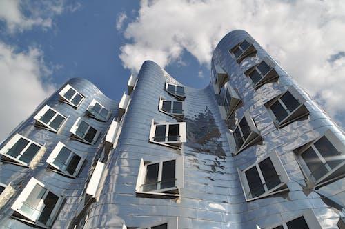 Immagine gratuita di acciaio, architettura, bicchiere, cielo