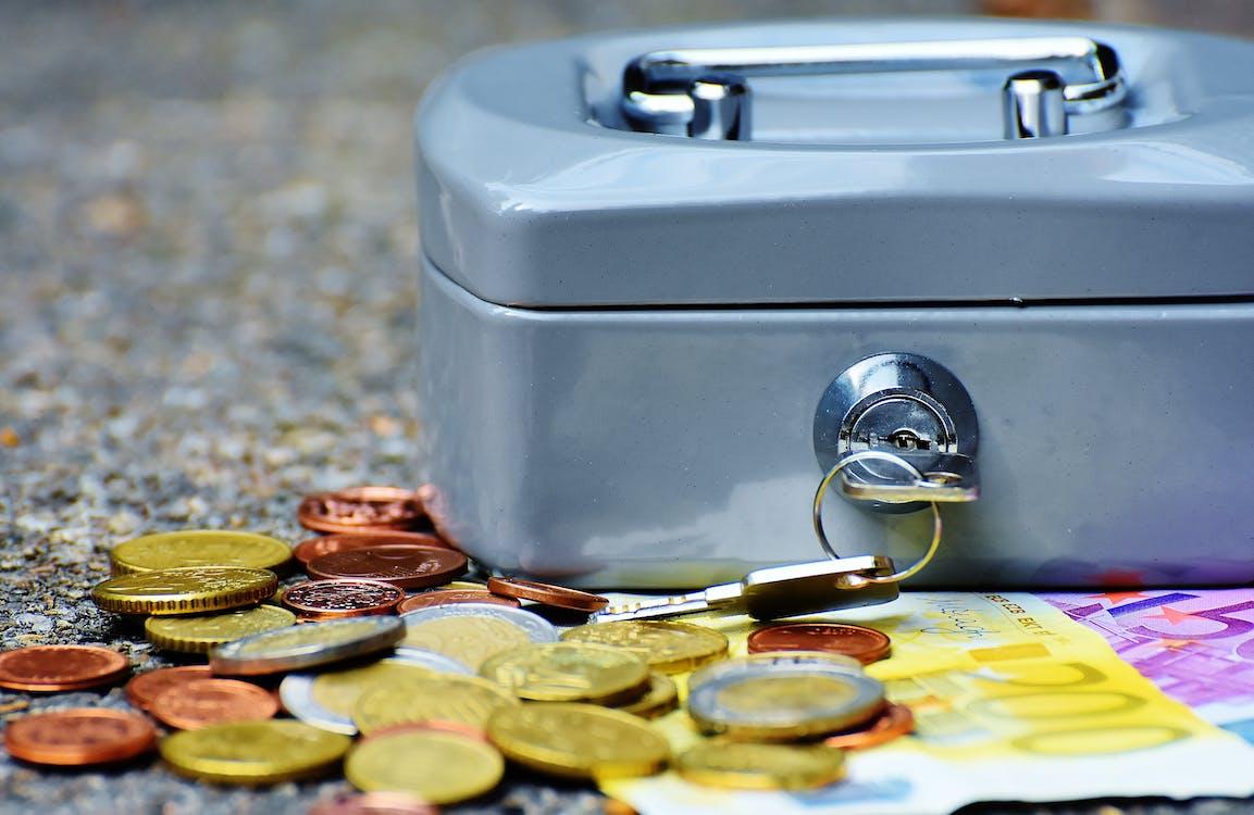 bitllets, caixa de caixa, caixera de diners
