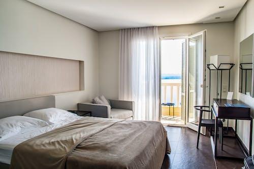 Бесплатное стоковое фото с Балкон, дизайн интерьера, интерьер, комната